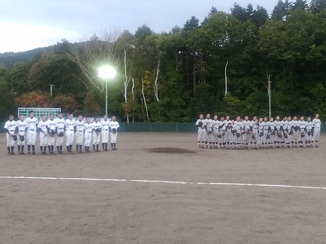 第15回イレブン杯中学校軟式野球大会の決勝戦の様子1