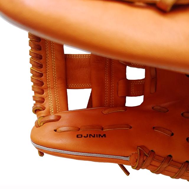 【ドナイヤ】セカンド・ショートストップ・サード用軟式野球グラブ。山田モデル3