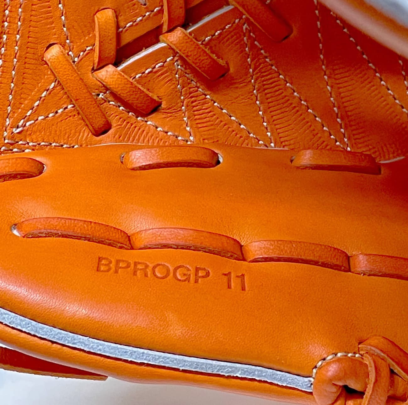 【ゼット】プロステータスプレミアム<限定>硬式野球用グラブ BPROGP11(ピッチャー・右投げ)made in japan