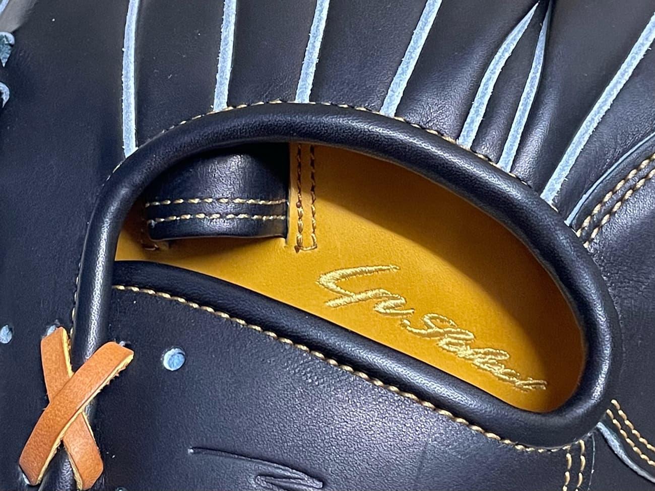 【IPセレクト】【十河モデル】硬式野球用グラブ(内野手・Luxury Collection 限定)刺繍と薬指リング