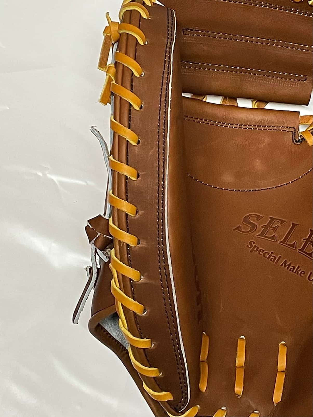 【ウイルソン】硬式野球用キャッチャーミット:WTAHBT23N(SELECTシリーズ・日本製)親指部分